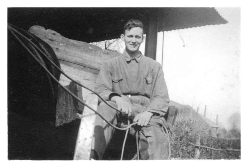 Dirk Vos, april 1942